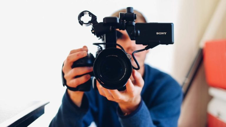 How to Find the Right Wedding Videographer